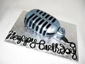 retro_microphone_cake_by_tiffswickedcakes-d2zmfu3